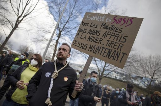 'Affront', 'coup de poing au visage': vive déception pour l'Horeca, qui rouvrira plus tard que prévu