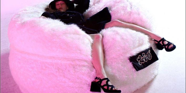 sleep drunk girl woman pink