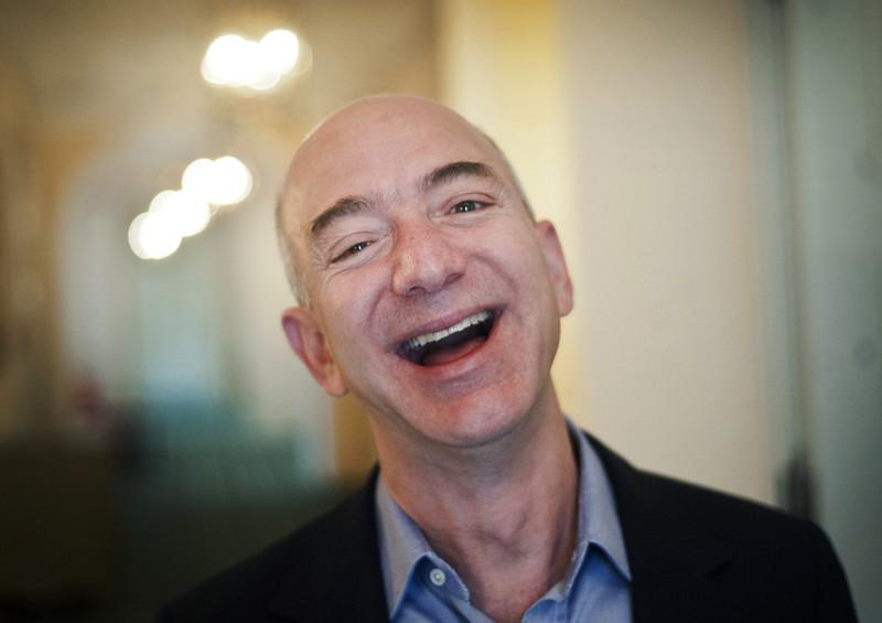 Le patron d'Amazon, détenteur de la plus grande richesse du monde, Jeff Bezos